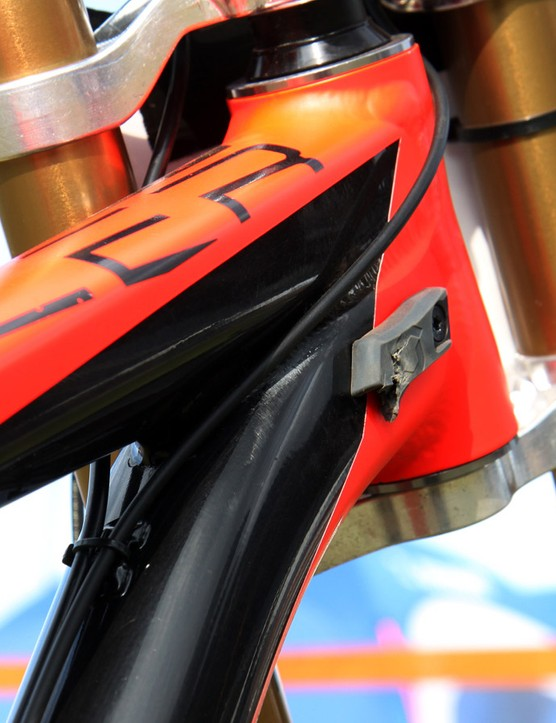 Cables are routed on the top of the down tube where they're protected from impact. The head tube angle can be adjusted between 61 and 65 degrees but Fairclough opted for the standard 63-degree setup for the Windham course