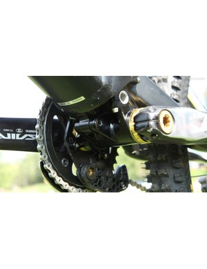A look at the compact Independent Drivetrain linkage