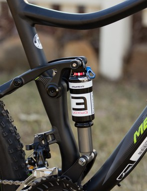 The One-Twenty 7.500 gets a shock mounted lockout. More expensive models use a shared handlebar remote with the front fork