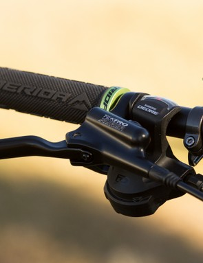 Shimano Deore components and Tektro brakes enable Merida to hit a very impressive price point on the One-Twenty 7.500