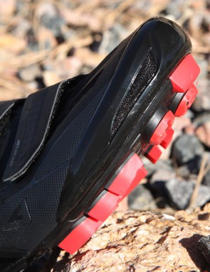 The plastic cap provides some protection for your toes while also boasting a legitimately effective vent right up front. Additional light armoring is built in a little further back