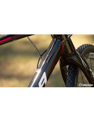 The design of this internal cable routing should stop it from snagging and getting caught during dismounts