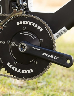 Rotor Flow cranks provide the rather large 54/42T gearing on the front of the Warp Tri 7000-E model