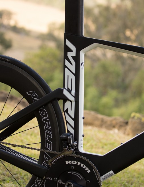 The Warp Tri has a steeper seat tube angle compared to the UCI-approved Warp TT