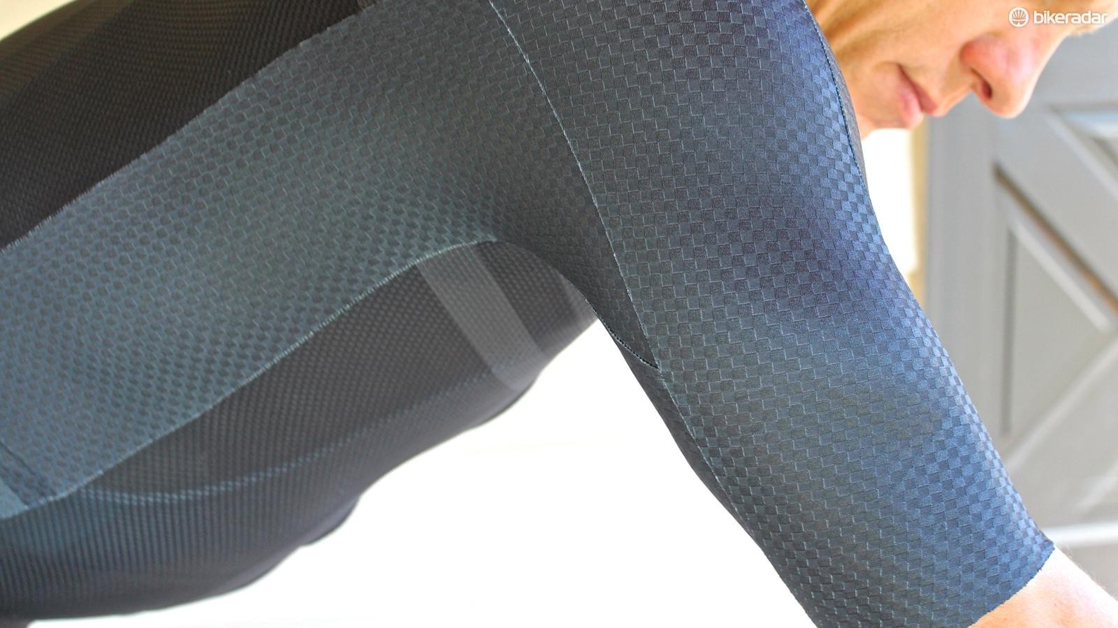 The Speed Sleeve cut is designed to remove wrinkles when on the bike