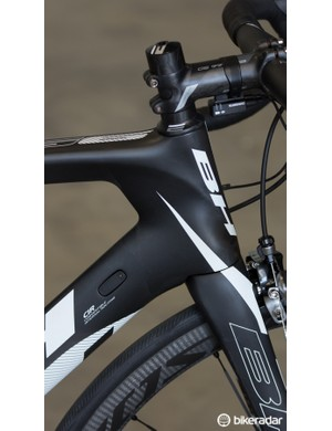 A closer look at the aerodynamic profiles on the G6 Pro's head tube