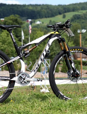 Scott - 3 Rox rider Mikaela Kofman splits her time between a Scott Scale 29er hardtail and this Spark full-suspension model with 27.5in wheels
