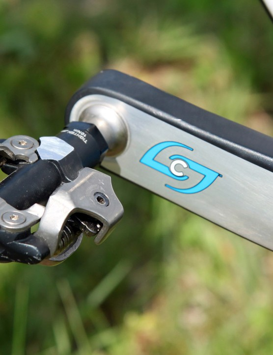 Kofman puts the power down through a pair of Shimano XTR Race pedals