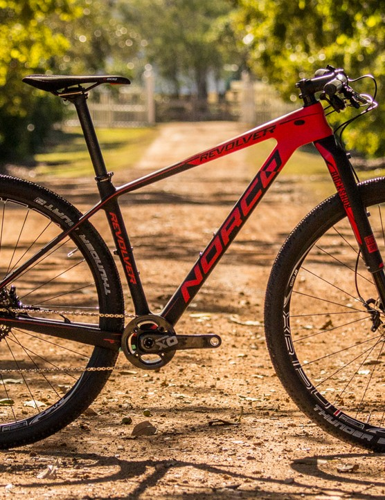 The Revolver 650B and 29in platforms continue with only componentry changes for 2015. Pictured is the Revolver 9 SL XO1 (US$TBC / AU$5,999 / £TBC)