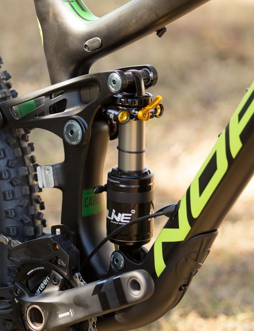The custom-tuned CaneCreek DB Inline Air rear shock on the Sight C 7.2 provides an absurd level of dampener control