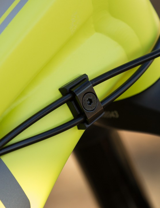 Both the Sight and Range alloy models feature a new bolt-on external cable guide system
