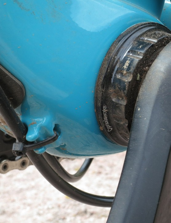 The ASRc uses a Press Fit 30 bottom bracket shell