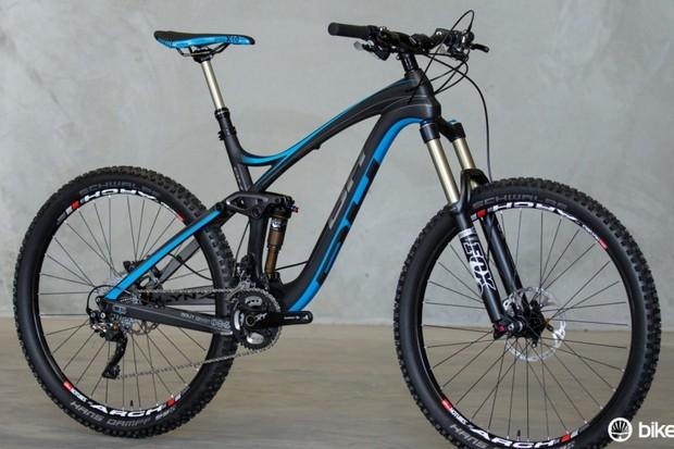 The 2015 BH Bikes Lynx 6 Carbon. Pictured is the Australian-spec Lynx 6 Carbon XT (AU$5,999)