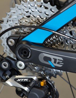A compact and thick derailleur hanger should resist trail damage well