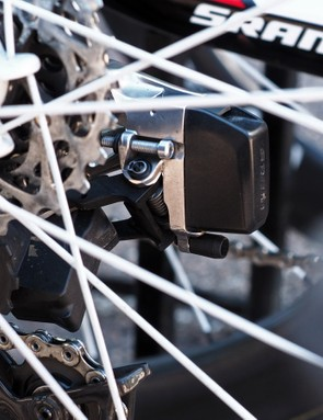 The gap between the cassette and upper pulley wheel is adjusted via a standard bolt