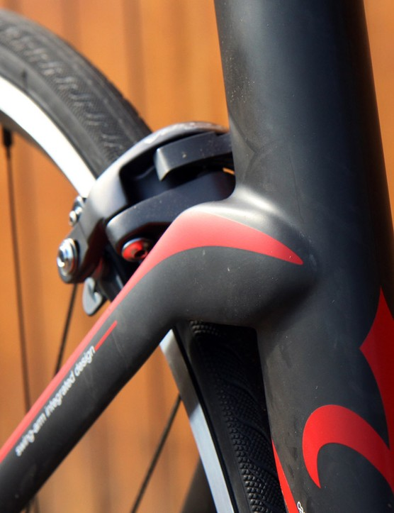 The seatstay joint shape is taken directly from the TwinBlade