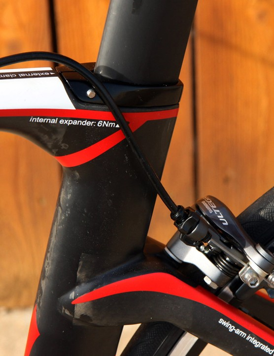 Routing for the rear brake housing is a tad awkward