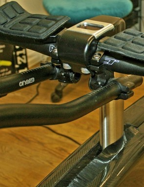 The stem can take any standard road or aerobars