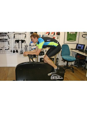 The position moves with the rider in place, helping to give a great fit more quickly and easily