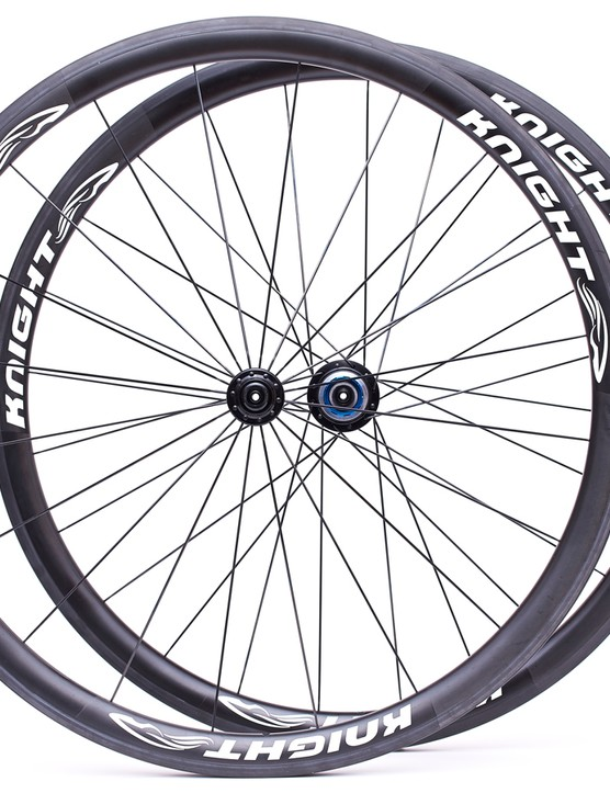 The Knight 35 carbon clinchers