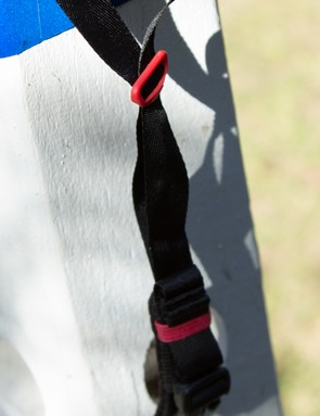Super thin straps help reduce weight and avoid moisture retention. We've heard complaints of these thing straps flapping in the wind, but we experienced no such issue