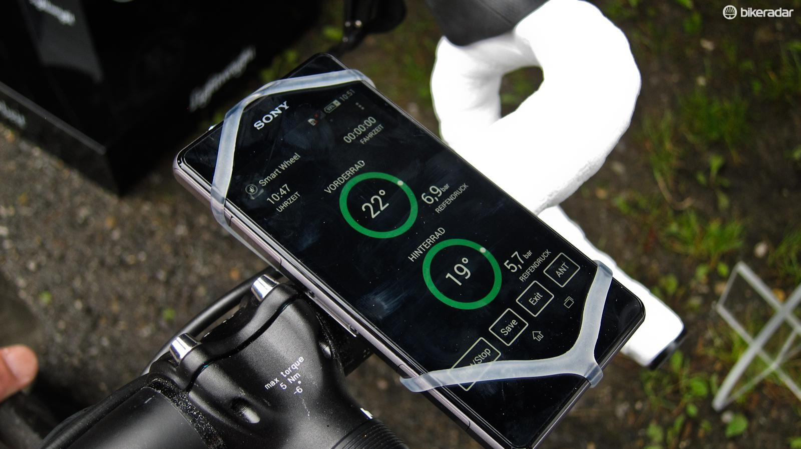 The app gives realtime data about the wheels' temperature and pressure...