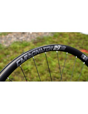 American Classic has added new carbon fibre mountain bike wheels to its lineup for 2015. The Carbonator will be offered in both 29in and 27.5in sizes
