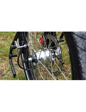 Tern equips the touring-ready S27h with its own Biologic generator front hub