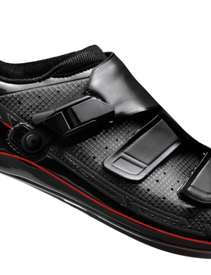 The Shimano R321 and R171 road shoes will be available in black and... (R321 pictured)