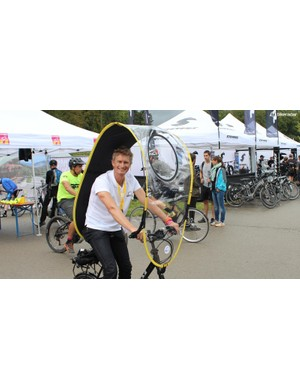 Need an umbrella/windshield for your bike? How about the Dryve?