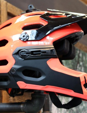 Bell's Super 2R could well be the helmet that you've always been looking for