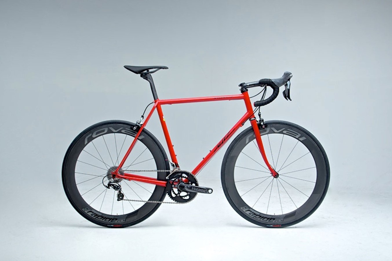 For its 40th anniversary, Specialized has produced 74 limited edition lugged steel Allez framesets