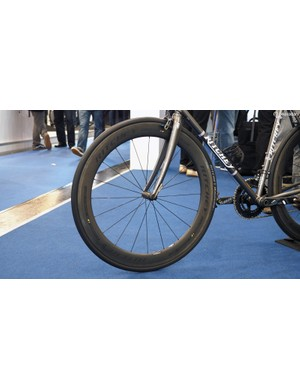 The new Ritchey WCS Apex 60 carbon clinchers boast 60mm-deep rims with relatively wide 17mm internal widths. Claimed weight is 1,561g and retail price is comparatively attainable at just US$1,600