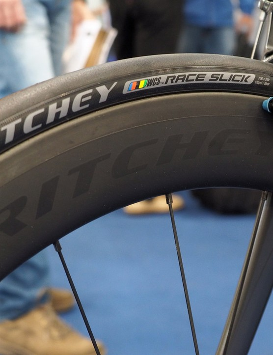 Key features on the new Ritchey WCS Apex 60 carbon clinchers include wide rims with blunt noses for presumably good handling in crosswinds plus externally accessible spoke nipples for easy truing