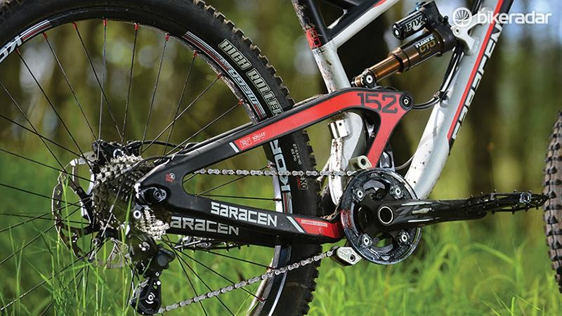 The piggyback shock and 1x10 drivetrain hint at the Ariel's DH leanings