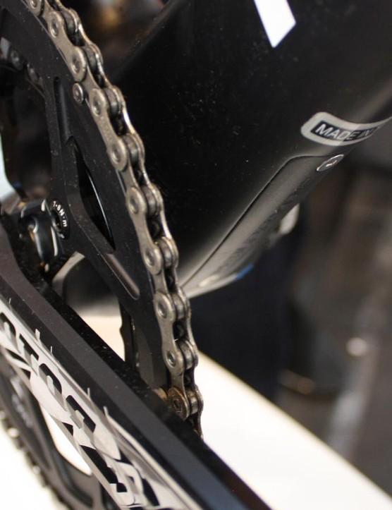 The bike uses a chunky BB86 bottom bracket