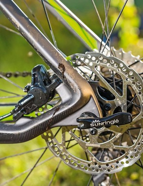 Carbon QR dropouts feature a threaded gear hanger to aid crash proofing
