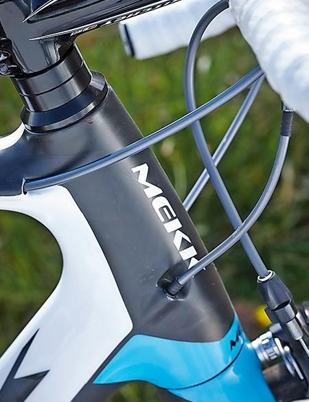 Internal cable routing gives the Mekk's front end a very clean look