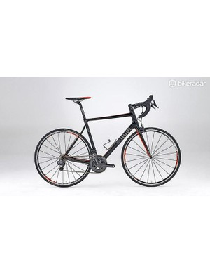 Rose's new Xeon Team GF 3100 sportive machine classically features a tall head tube, slackish head angle and slender, kinked seatstays for flexibility –though its moderate wheelbase length means that it still handles snappily