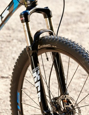Not only does the frame have a tapered head tube but the fork has a steerer to match – something you can't take for granted