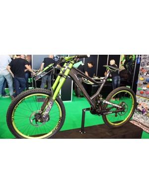 At the DVO stand was this gorgeous Life Line carbon downhill bike from polish firm Antidote Bikes. Naturally, it was equipped with DVO suspension at both ends plus lashings of matching anodised kit