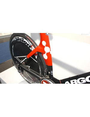 The seatstays exit the seat tube horizontally for cleaner airflow