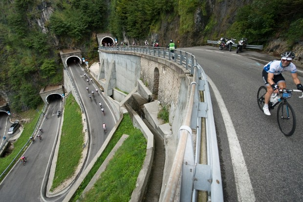 The opening mountain pass of the week – there'd be 17 in all – was the San Boldo, with its distinctive corner tunnels