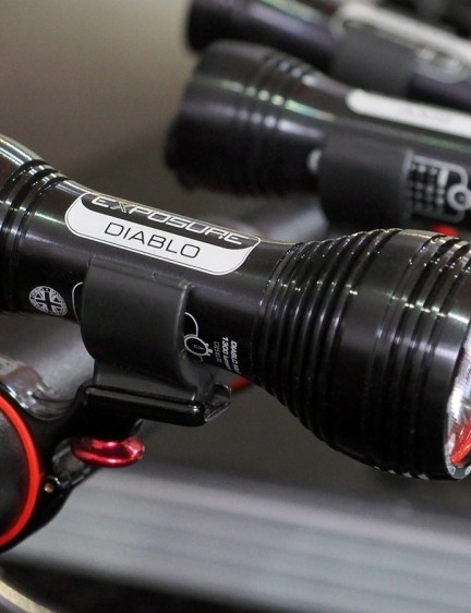 The tiny Exposure Diablo offers up 1,300 lumens in a tiny form factor conducive to helmet mounting. New TAP technology allows users to change modes and settings merely by tapping the body while riding