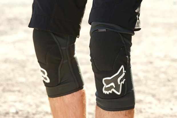 Fox Launch Enduro knee pads