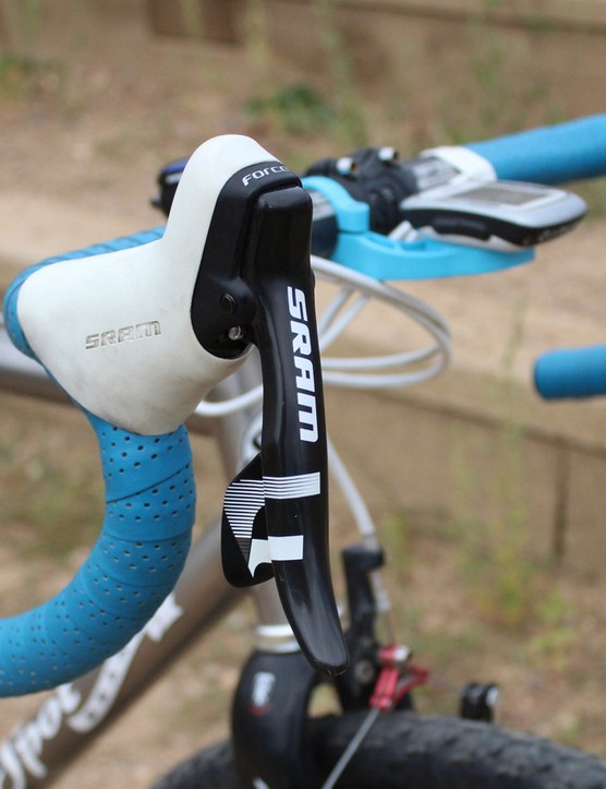 SRAM's 10- and 11-speed levers have the same cable pull ratio, with the latter just having one more click