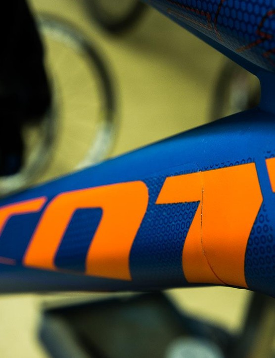 The Invisiframe vinyl frame wrap protects your frame without wrecking your bike's style