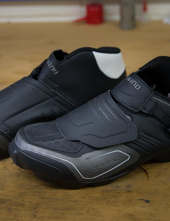 Shimano's M200 SPD shoe is the Japanese company's enduro-specific model