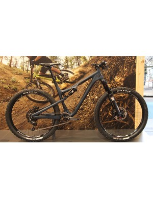 For 2015, Rocky Mountain is offering the playful 120mm travel Thunderbolt in carbon. Shown here is the Thunderbolt 790 MSL BD Edition, which has a longer, which has a more trail-oriented kit than its peers