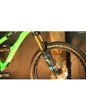The Yeti SB6c sports a 160mm Fox 36 RC2 fork